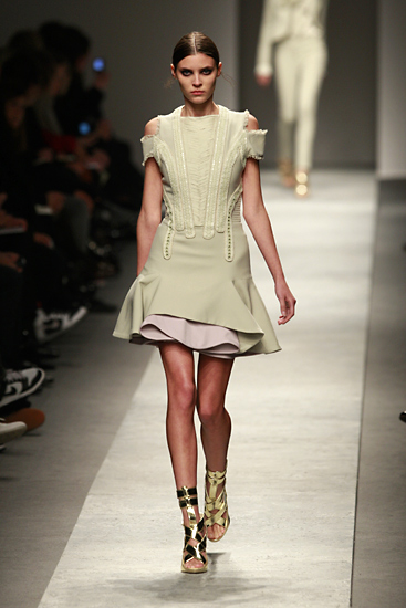 Givenchy Catwalk Fashion Show Fw08